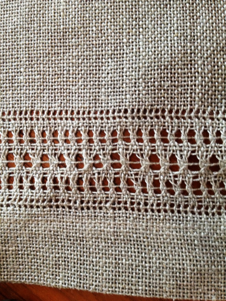 Hemstitch pattern 525/5 can also be used in any length curtain panel.