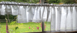 3 sizes of Cafe Curtains